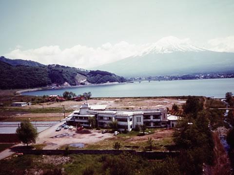 富士スバルロッジ(富士山五合目休憩舎)