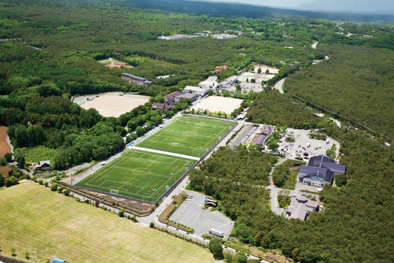 富士緑の休暇村「人工芝グラウンド(2面)」