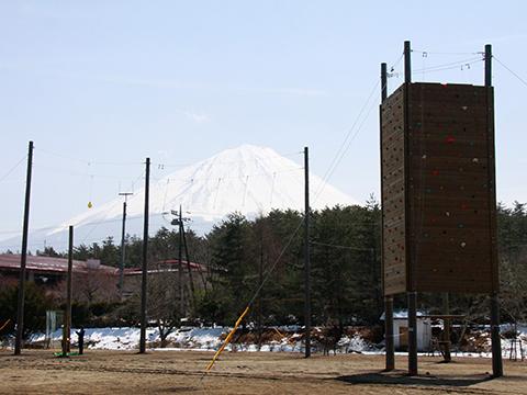 富士緑の休暇村に新施設「PAA21富士山ロープスコース」登場