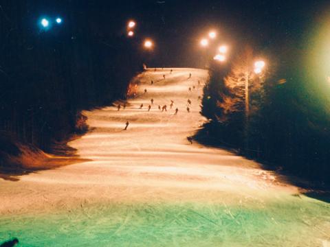 富士天神山スキー場 ナイター営業開始