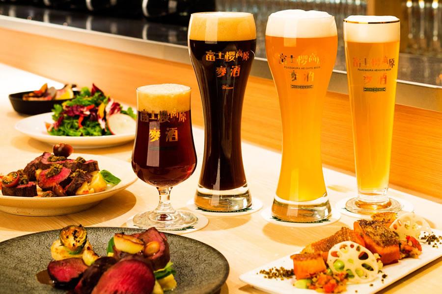 BeerBar 富士桜 Roppongi スライド1枚目